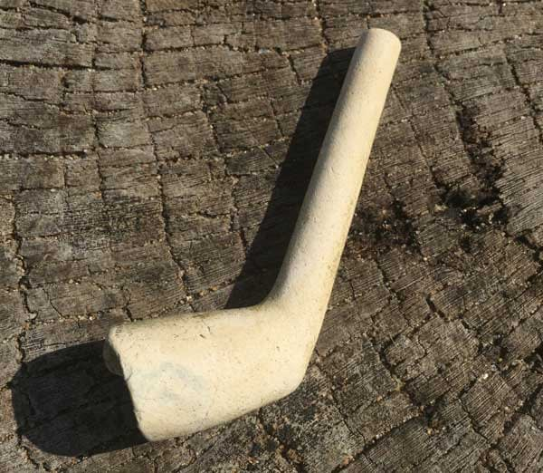 clay pipe marked WE initials
