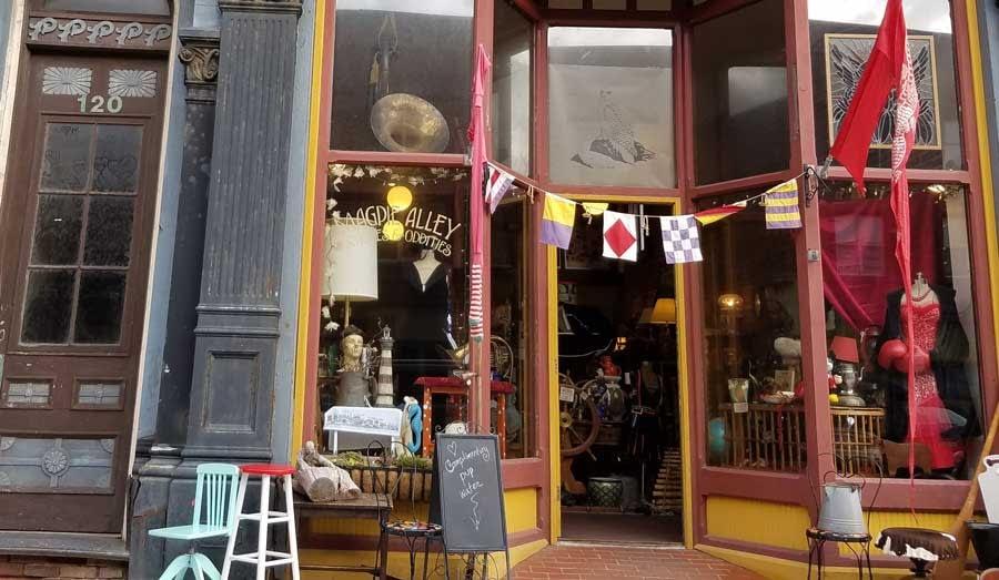 Magpie Alley store, Port Townsend, Washington